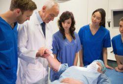 Planujesz studia medyczne? Sprawdź, gdzie najlepiej studiować.